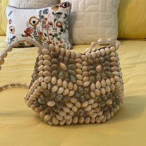 Vintage 70s shell bag